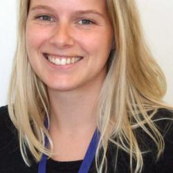 Dr Emily  Stoakes