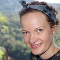 Julie  Hinsch