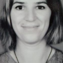 Dr Rachel  Carmenta